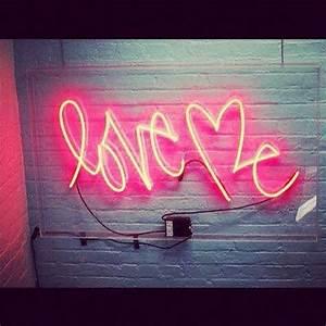 Best 25 Pink neon sign ideas on Pinterest