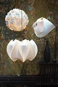 Wandlampen Für Schlafzimmer : die besten 25 wohnzimmerlampe ideen auf pinterest wandlampen design wandfarbe f r ~ Markanthonyermac.com Haus und Dekorationen