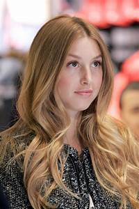 hairstyles popular 2012: Simple Wavy Hairstyle Pictures  Wavy