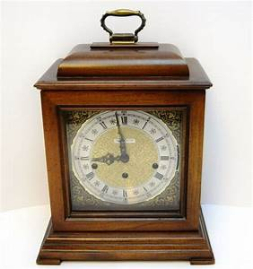 Howard Miller Key Wind Up Chime Mantel Clock 4992 With Key