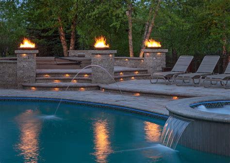 landscape lighting poolside