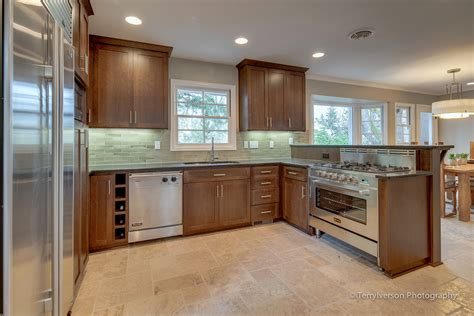 Kitchen With Patterned Travertine Tile Floor — Envision