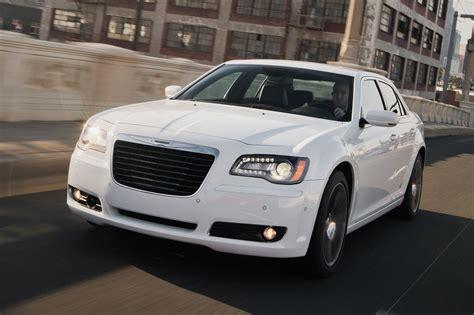 2013 Chrysler 300s by 2013 Chrysler 300s Term Update 4 Motortrend