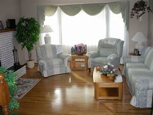 Sofa matching chair co ordinating recliner kiji red for Sectional sofas for sale red deer