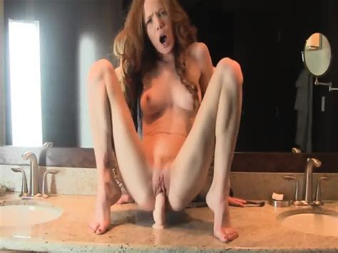 Super Horny And Hot Body Redhead Milf Fucks Her Dildo In