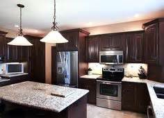 backsplash tile subway travertine mom and tim39s new With kitchen cabinets lowes with golden retriever wall art