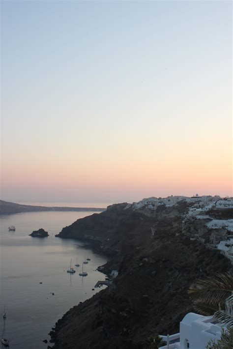 Nicoles Guide To Style Honeymoon Santorini Greece