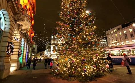 heres  zuerich    christmas decorations