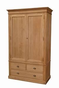 Armoire En Pin Massif : armoire pin massif anglais hampton ~ Teatrodelosmanantiales.com Idées de Décoration