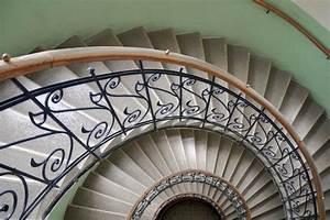 Was Muss Man Beim Abriss Eines Hauses Beachten : das treppengel nder tipps von immonet ~ Whattoseeinmadrid.com Haus und Dekorationen
