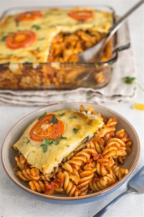 vegetarian moussaka pasta bake easy cheesy vegetarian