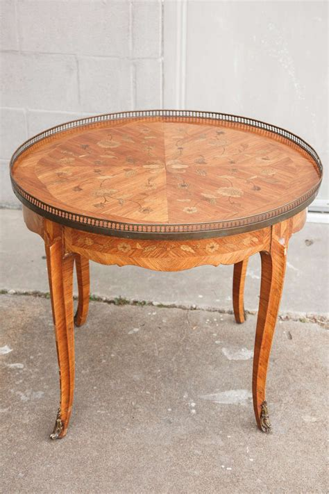 Transitional Round Marquetry Coffee Or Cocktail Table In