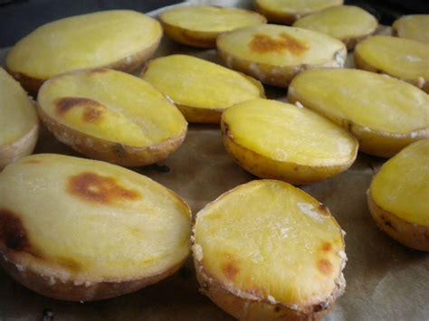 pomme al interieur pommes de terres quot souffl 233 es quot au four cuisinons vite et bon