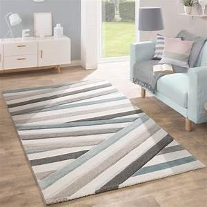 Designer teppich gestreift pastelltone creme design teppiche for Balkon teppich mit tapete blau beige gestreift