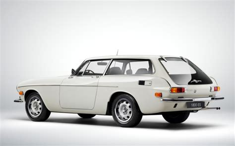 volvo station wagon a photo history of volvo s love affair with the wagon 95