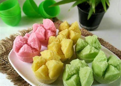 Biasanya apem dicampur gula merah, pandan, dan labu kuning. Resep KUE MANGKOK MEKROK / Kue Apem + tips supaya mekar oleh dapurVY - Cookpad