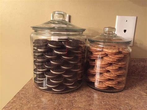 Oreo Cookie Jar Khloe Kardashian Khloe Kardashian Inspired Cookie Jars Kitchens Dining