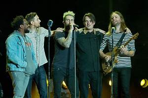 Adam Levine's Maroon 5 Cancels News Conference On Super ...