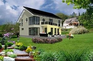 Haus Unter Straßenniveau : individuell geplant schr ge architektur unter ~ Lizthompson.info Haus und Dekorationen