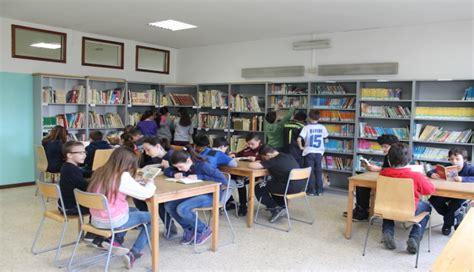 Librerie Scolastiche by Ioleggoperch 232 Librerie Scolastiche E Libri Tanti Libri