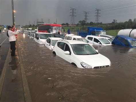 weather warning  kzn  gauteng floods claim  lives