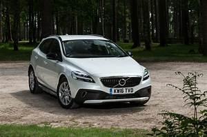 Volvo V40 Cross Country Review  2017