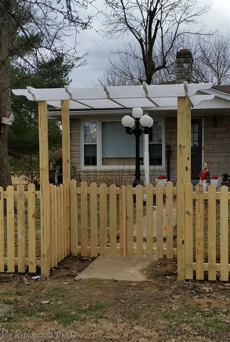 DIY Picket Fence by My Repurposed Life   DIY Done Right