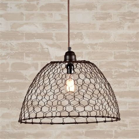10 ways to use chicken wire in your d 233 cor this