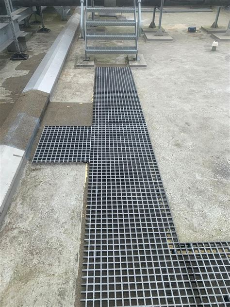 grp grating anti slip grp mesh floor gratings gripclad uk