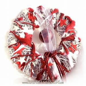Türkranz Winter Selber Machen : t rkranz f r weihnachten mit moderner deko in rot wei zum selber basteln ~ Whattoseeinmadrid.com Haus und Dekorationen