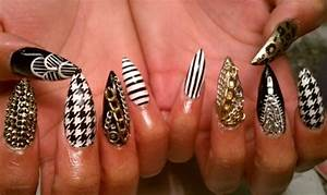 15 Fabulous Stiletto Nail Ideas - Pretty Designs