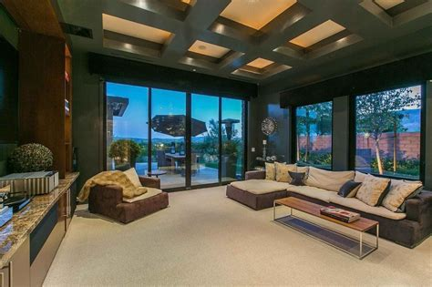 Penn Jillette Paid $3.3M, and Voila! This Las Vegas