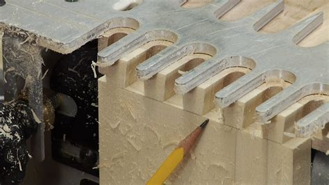porter cable dovetail jig cutting  dovetails