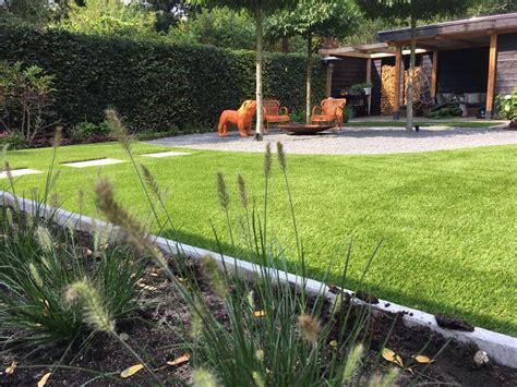 kleine tuinen zonder gras kunstgras kunt u zonder problemen in ieder soort