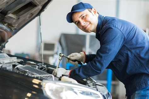 4 Must-Have Qualities to Become a Skilled Mechanic - ELMENS