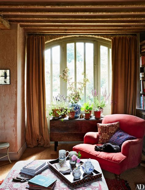 11 classic decor elements every country home