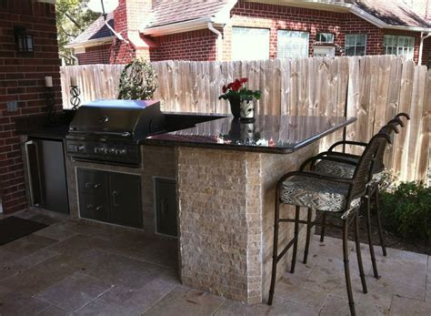 outdoor kitchen designs ideas 35 must see outdoor kitchen designs and ideas carnahan