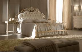 20 Luxury Beds With Traditional Design DigsDigs Luxury Romantic Bedroom Headboard Design 756 House And The Simple Or Luxurious Design Ideas Designer Luxury Bedrooms Bedroom Luxury Master Bedroom Design Luxury Black Master Bedroom