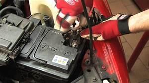 Comment Changer Batterie Voiture : comment changer cosse batterie voiture ~ Medecine-chirurgie-esthetiques.com Avis de Voitures