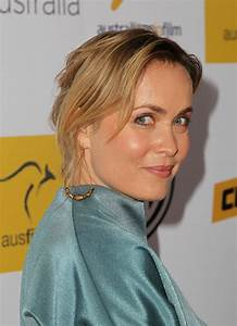 Radha Mitchell Bobby Pinned Updo - Radha Mitchell Looks ...