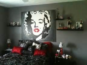 marilyn bedroom decor