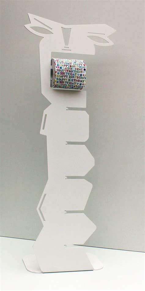 Porte papier toilette sur pied blanc dérouleur wc design
