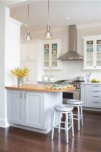 tiny kitchen ideas 25 best ideas about small kitchen designs on small kitchen lighting small kitchen