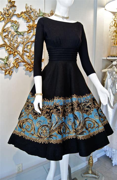 Xtabay Vintage Clothing Boutique  Portland, Oregon April