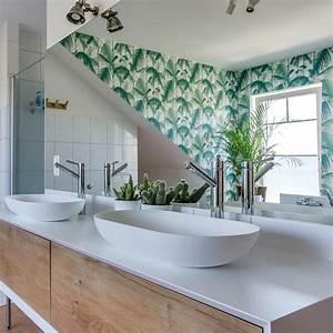 Déco Salle De Bains : d co murale de salle de bains des id es pour s 39 inspirer c t maison ~ Melissatoandfro.com Idées de Décoration