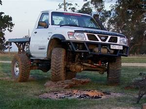 4x4 Patrol : nissan patrol 4x4 ute photos reviews news specs buy car ~ Gottalentnigeria.com Avis de Voitures