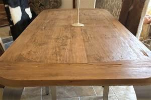 Tisch Aus Holz : esstisch aus recyceltem holz mit tischbeinen aus edelstahl ~ Watch28wear.com Haus und Dekorationen