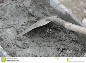 Wheelbarrow With Shovel Full Of Cement Stock Image - Image ...