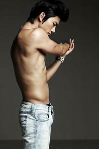 Men's Bathroom, Taecyeon's abs are some of the most ...