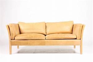 Sofa Dänisches Design : danish leather 2 seater sofa vampt vintage design ~ Watch28wear.com Haus und Dekorationen